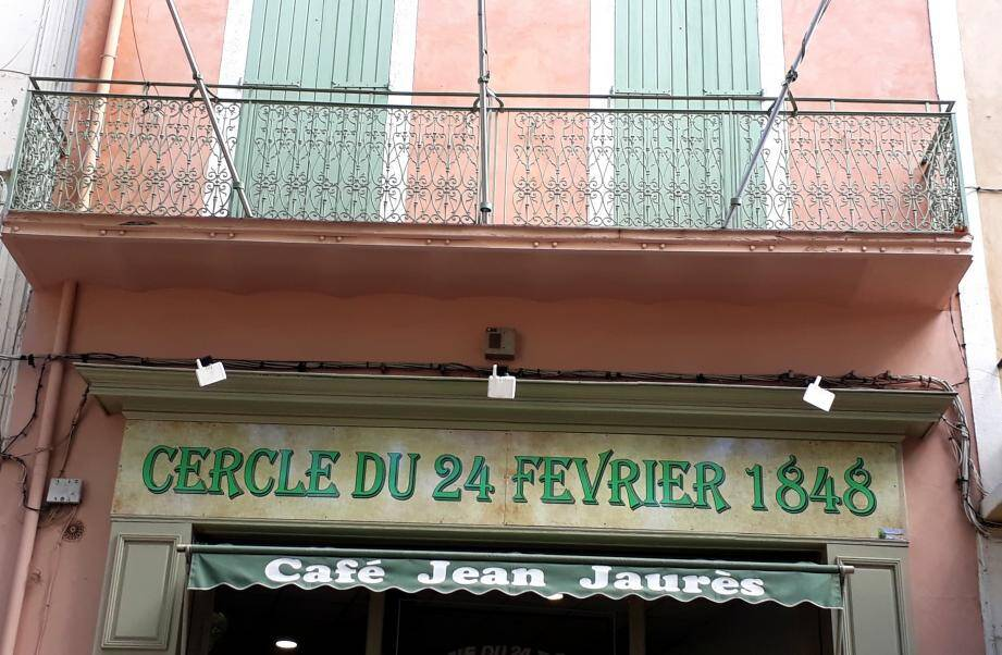 C'est en face du bar du Cercle-du-24-février que le miracle a eu lieu.