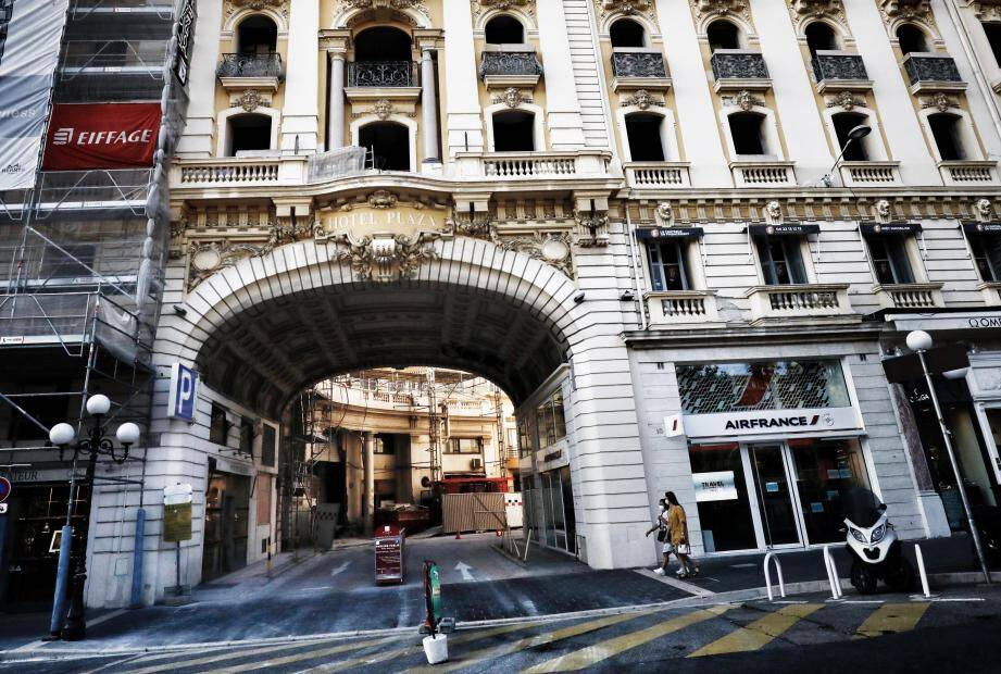 Toujours fermé pour cause de grands travaux, l'hôtel Plaza, avenue de Verdun, se refait une beauté complète et sera, en principe, opérationnel dans le courant du second semestre 2021.