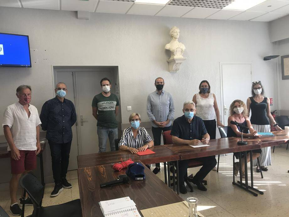 Dans le cadre de la journée mondiale consacrée au nettoyage de la planète, « à Cagnes, nous avons voulu quadriller la ville », a précisé Corinne Guidon, adjointe à la Propreté.