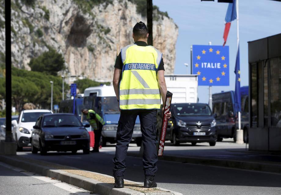 La frontière avec l'Italie à Menton.