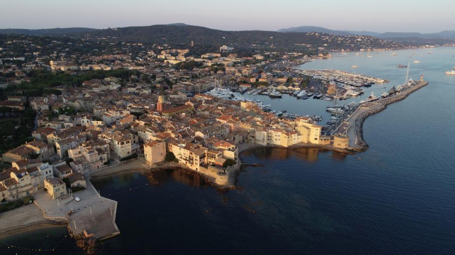 La commune Saint-Tropez.