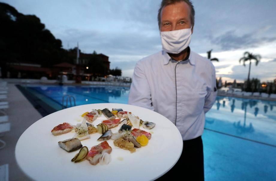Rouget, chinchard, maquereau, sardine… Benoît Witz sublime des poissons locaux et disponibles en abondance.