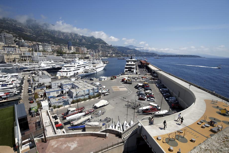 Le projet immobilier et culturel doit être érigé à l'entrée du port Hercule.