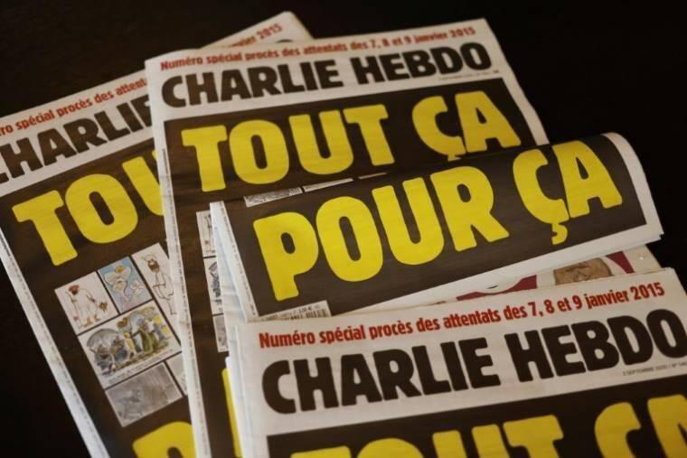 La couverture du numéro spécial de Charlie Hebdo avant le procès des attentats.