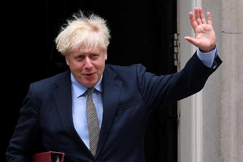 Le Premier ministre britannique Boris Johnson quitte sa résidence londonienne pour aller à la  Chambre des Communes, le 9 septembre 2020