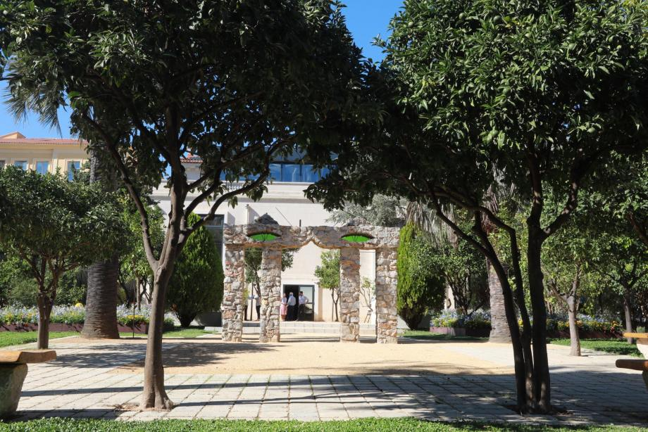 Le Monument au chat d'Óscar Domínguez végétait depuis des années comme de vulgaires pierres au centre technique municipal.