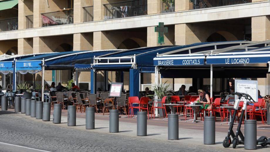 Les bars et restaurants de Marseille ont 24 heures de répit.