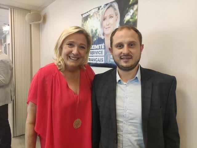 Lionel Tivoli, ce lundi matin au côté de Marine Le Pen pour son entrée au burean national du RN.