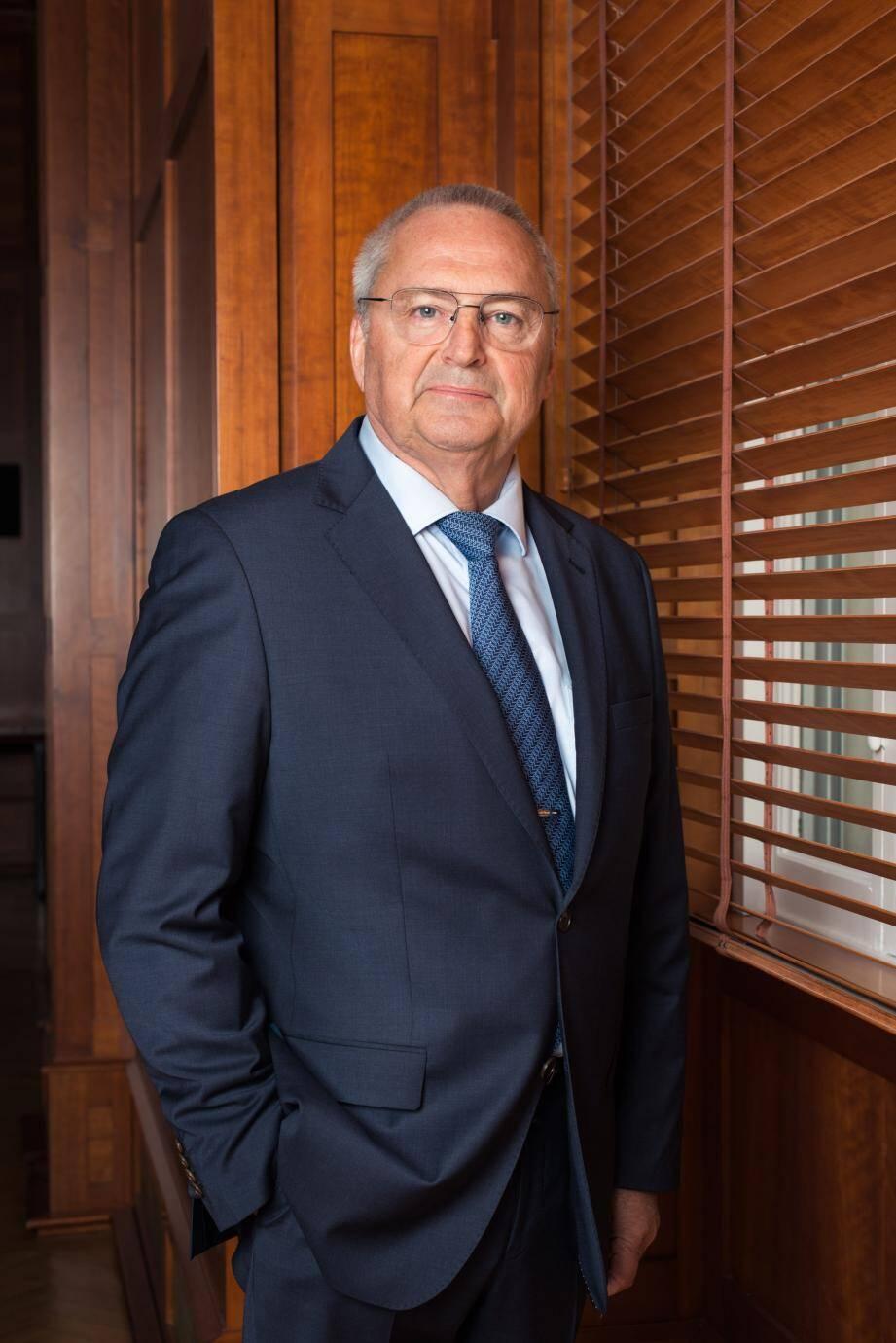 Le président de la chambre de commerce et d'industrie de la Côte d'Azur, Jean-Pierre Savarino, souhaite que l'accent soit mis sur « le climat de confiance » qu'il convient de retrouver pour entamer la relance.
