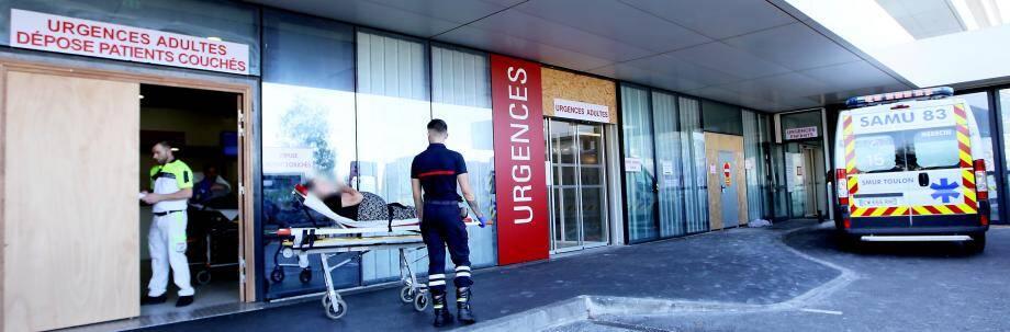 """A l'hôpital Sainte Musse à Toulon, """"la situation reste sous contrôle"""", indique Michel Perrot, le directeur du CHITS"""