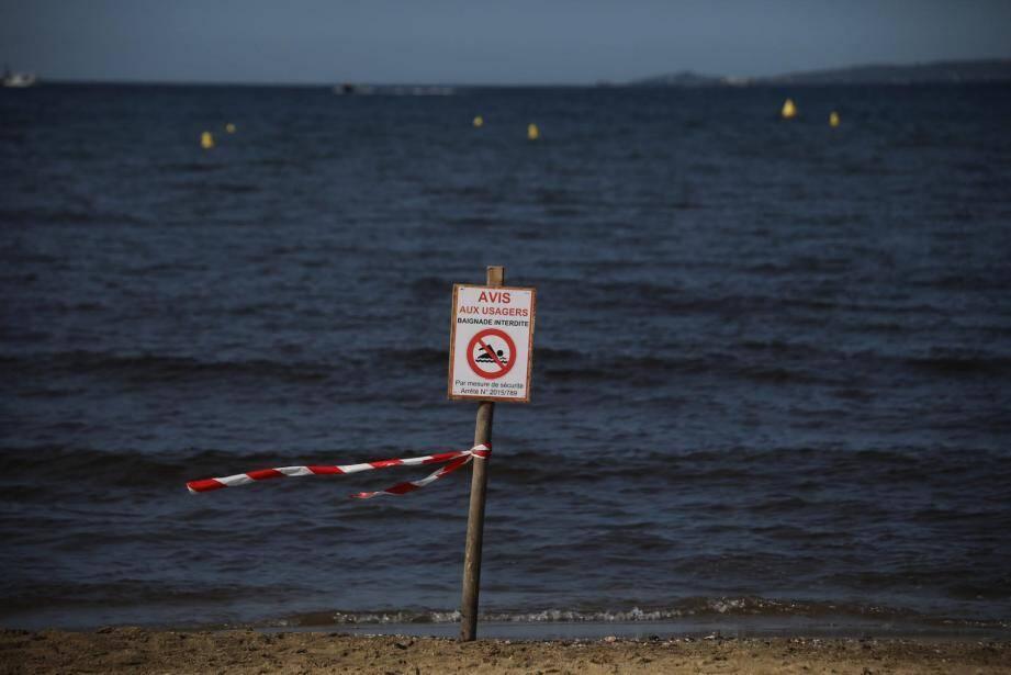 La Ville a reconduit l'arrêté de fermeture de baignade préventive.