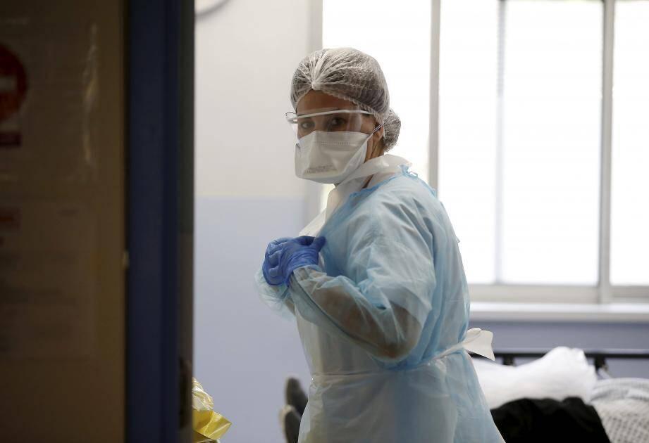 Service des urgences dédié à la Covid-19 à l'hôpital de La Palmosa, à Menton, en mars. Illustration.