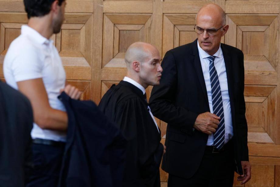 Ferdinand Bernhard, 68 ans, maire de Sanary en poste depuis 1989, a été reconnu coupable de plusieurs infractions.