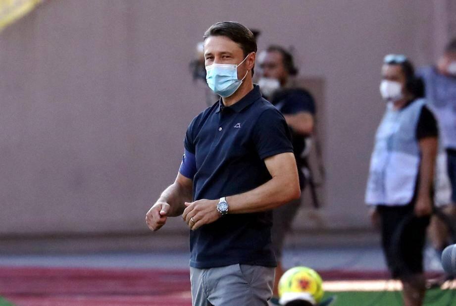 Après le coach Niko Kovac et le gardien Benjamin Lecomte, un troisième élément de l'effectif monégasque a été contaminé par le coronavirus.