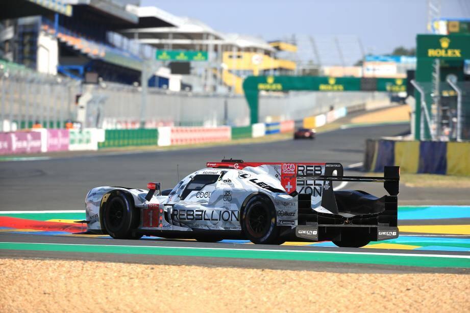 La Rebellion R13 du trio Menezes-Nato-Senna a pris ses marques ce jeudi sur un circuit du Mans hélas fermé aux fans d'endurance.