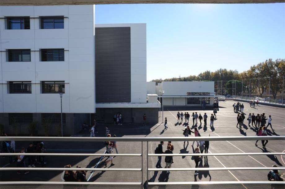 Le collège Reynier, à Six-Fours.