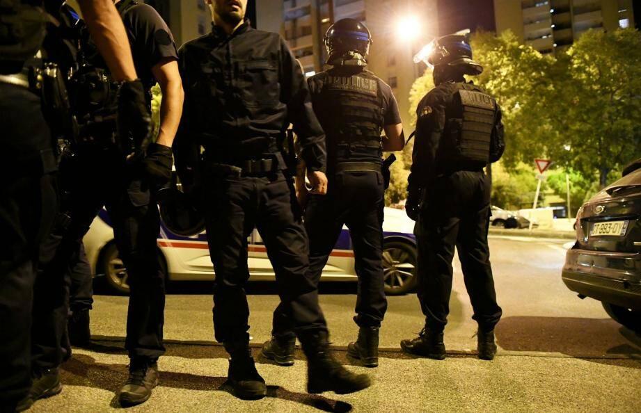 La police a investi le quartier de La Beaucaire ce mercredi soir à Toulon.