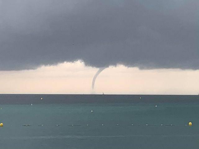 Une trombe marine aperçue à Saint-Cyr ce dimanche.