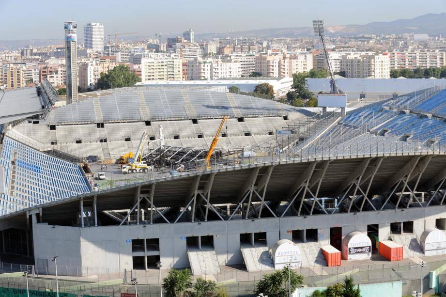 Le Vélodrome après l'effondrement de la scène de Madonna le 16 juillet 2009.