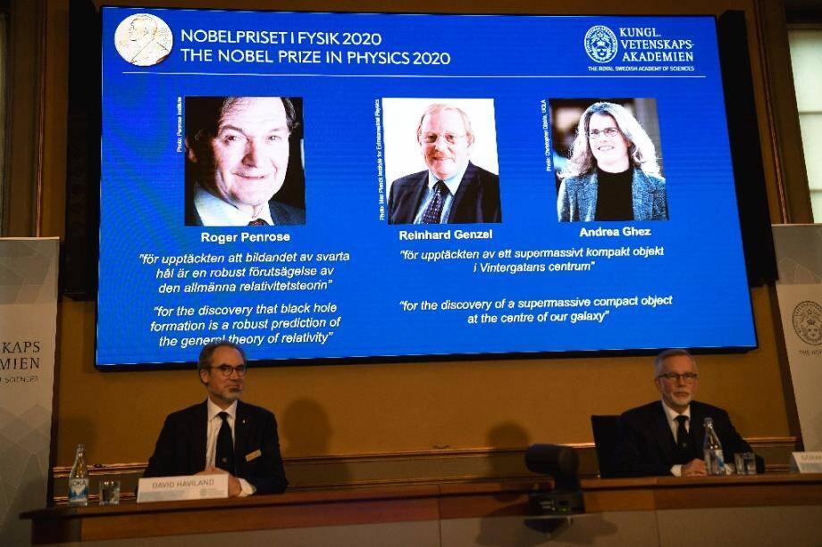 (g-d) Le prix Nobel de Physique est attribué au Britannique Roger Penrose, à l'Allemand Reinhard Genzel et à l'Américain Andrea Ghez, le 6 octobre 2020 à Stockholm