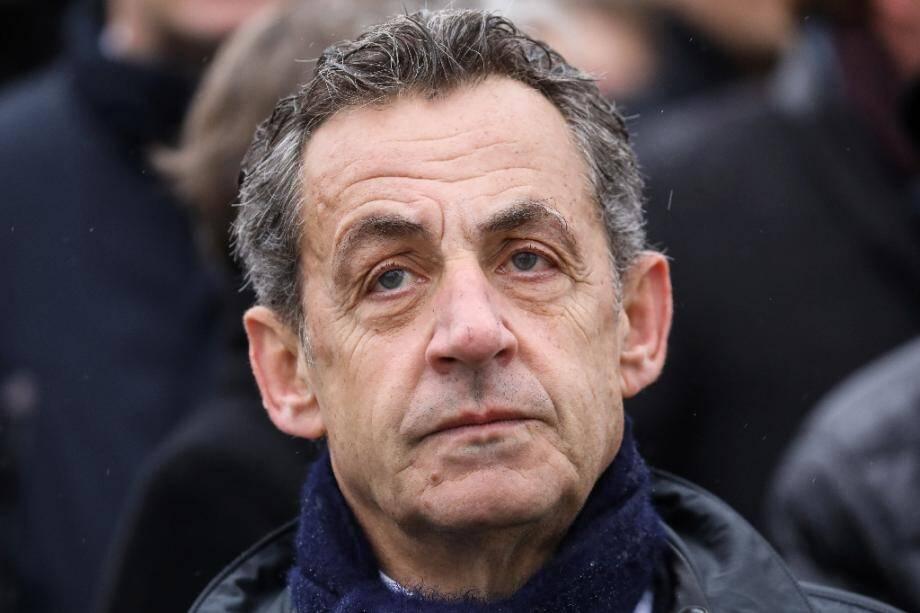 Nicolas Sarkozy lors d'une cérémonie officielle à l'Arc de Triomphe à Paris, le 11 novmebre 2019