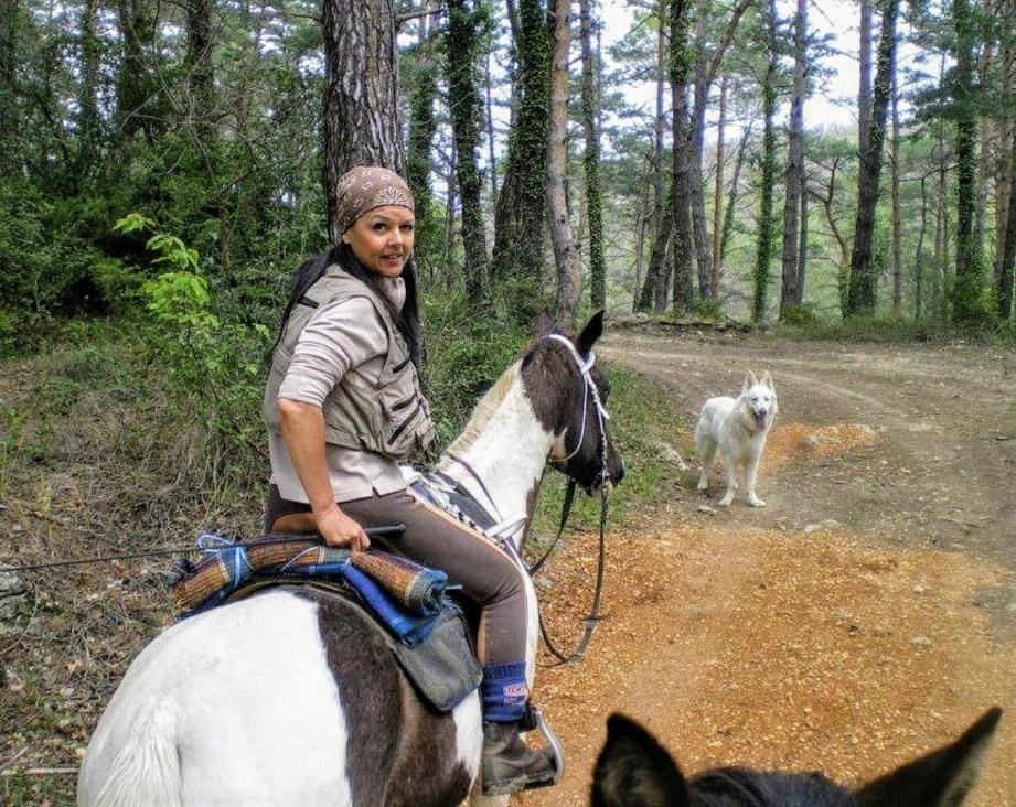 Virginie Hullin ne ménage pas sa peine pour la défense des chevaux.