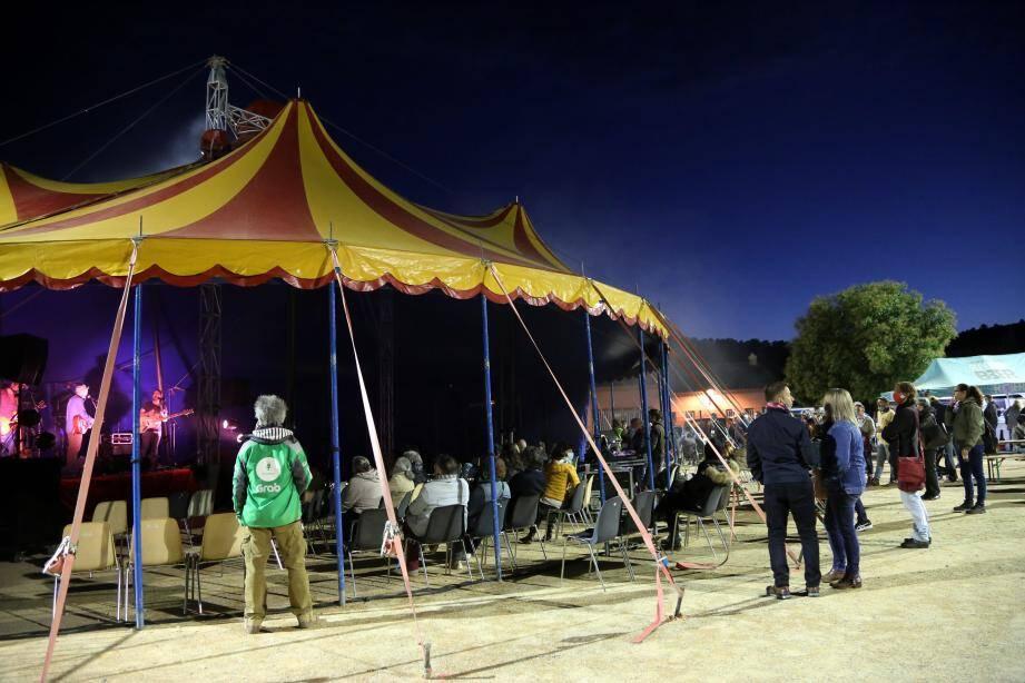 Un concert qui permet d'offrir aux intermittents du spectacle une bouffée d'oxygène.