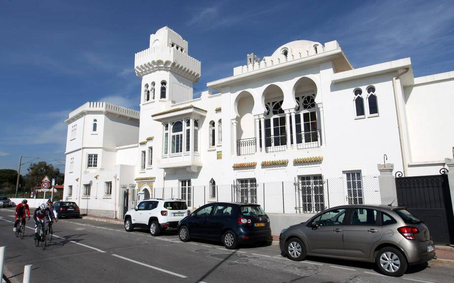 La villa El Djézaïr fait partie des quatre monuments historiques soumis à une modification de Périmètres Délimités des Abords (PDA).
