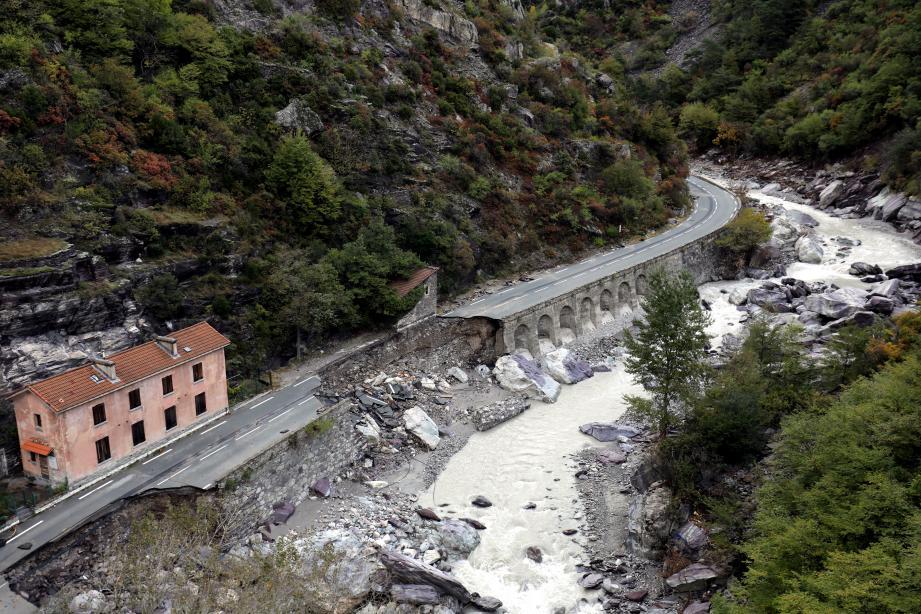 La route de Tende a été grandement endommagée.