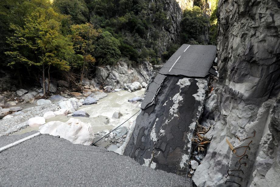 Entre Fontan et Saint-Dalmas, les dégâts sont considérables.