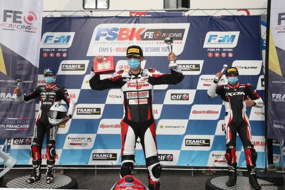 Grégory Carbonnel a pris racine sur la première marche du podium.