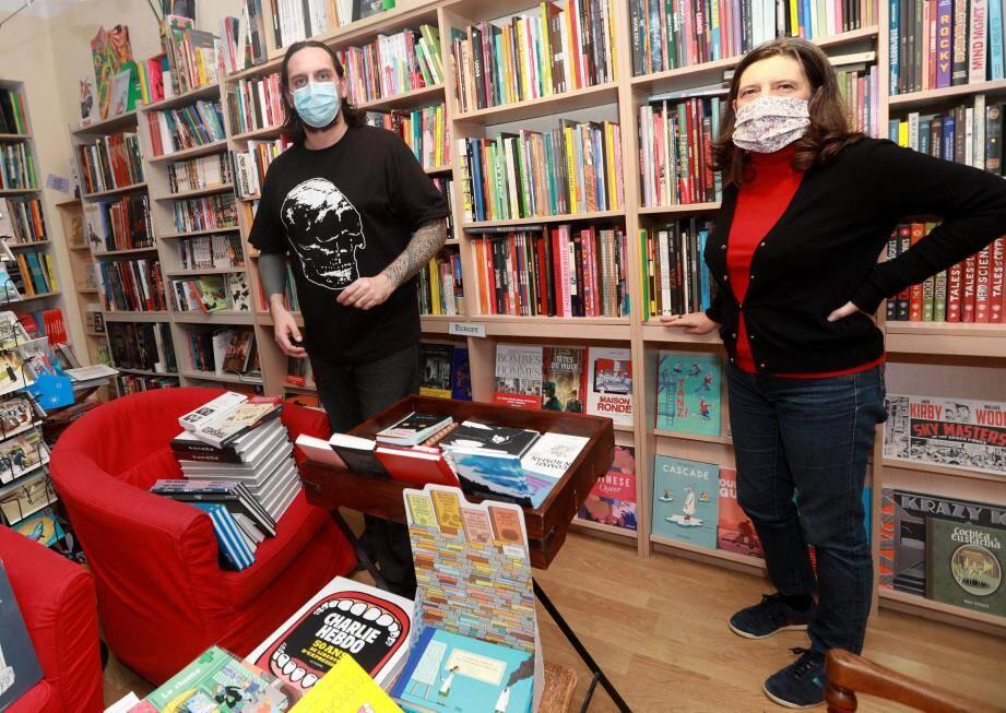 S'ils comprennent la fermeture de leur commerce pour raison sanitaire, Paola et Damien, cogérants de Contrebandes/La Cellule Records n'acceptent pas en revanche la concurrence faussée de la Fnac.