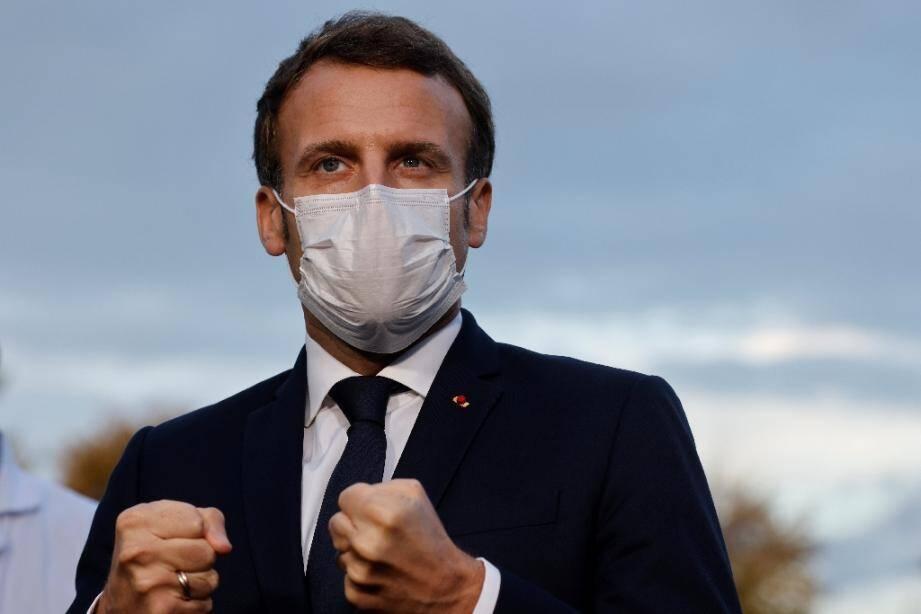 Le président Emmanuel Macron face à la presse le 23 octobre 2020 à Pontoise