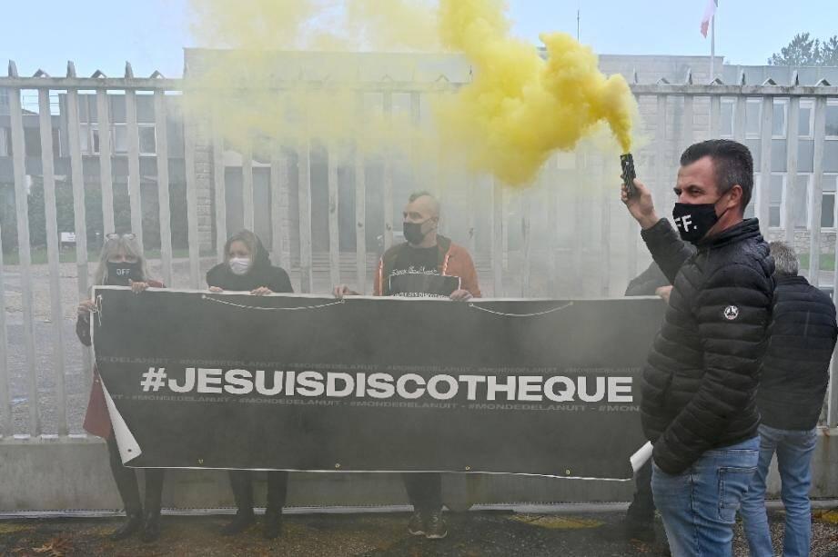 Manifestation à Rennes le 13 octobre 2020 de patrons de discothèques