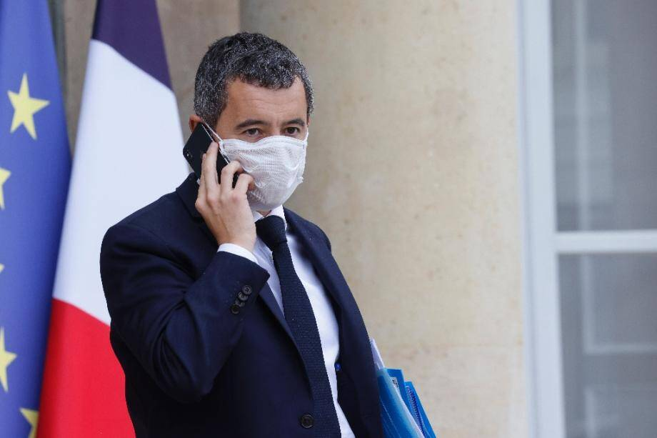 Le ministre de l'Intérieur Gérald Darmanin quitte l'Elysée, le 21 octobre 2020 à Paris