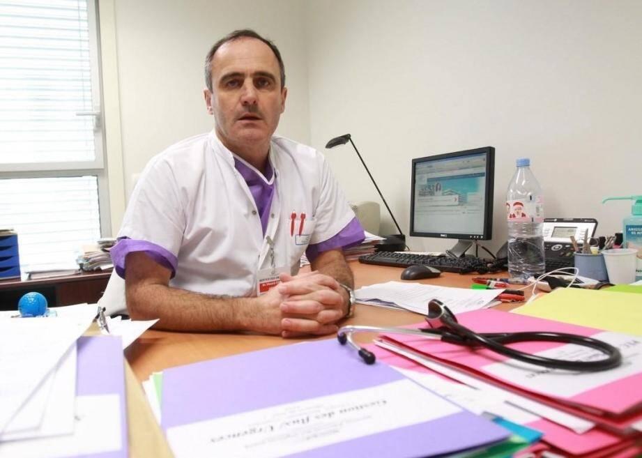Le Dr Vincent Carret, ancien chef des urgences, responsable de l'association des médecins urgentistes de France (AMUF) Toulon-La Seyne et Var.