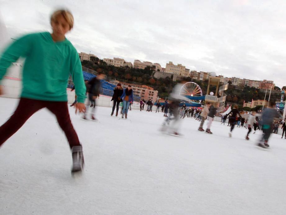 La patinoire devrait ouvrir ses portes.