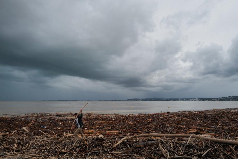 Paysage de désolation à Saint-Laurent-du-Var, après les intempéries, le 4 octobre 2020