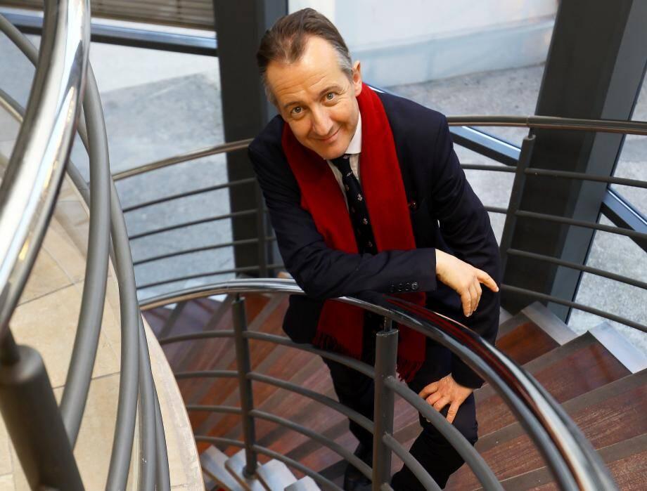 L'éditorialiste Christophe Barbier interviendra lundi soir aux côtés de l'économiste Nicolas Bouzou.