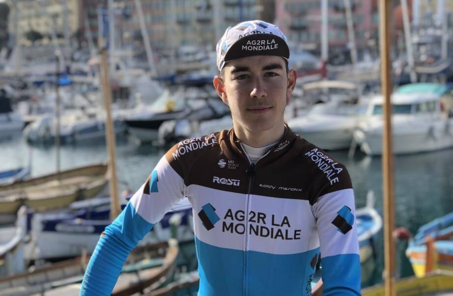 Clément Champoussin, sur le port niçois.