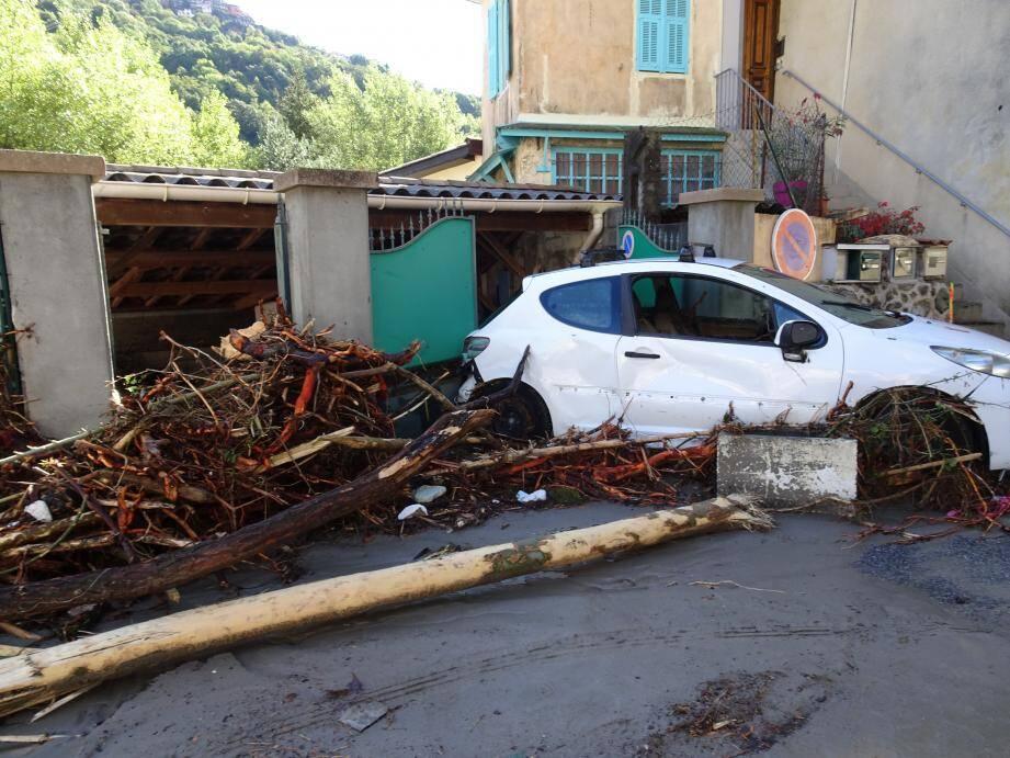 Ce dispositif permet l'indemnisation systématique des victimes de dégâts générés par divers agents naturels (inondations, séismes, avalanches, coulées de boue, submersions).