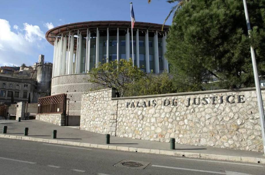 Le tribunal a reconnu la prévenue coupable des faits qui lui sont reprochés.
