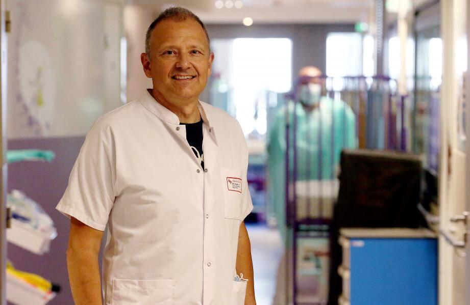 Le virus ne nous pardonne pas le moindre relâchement dans notre vigilance, rappelle le Dr Hervé Haas.