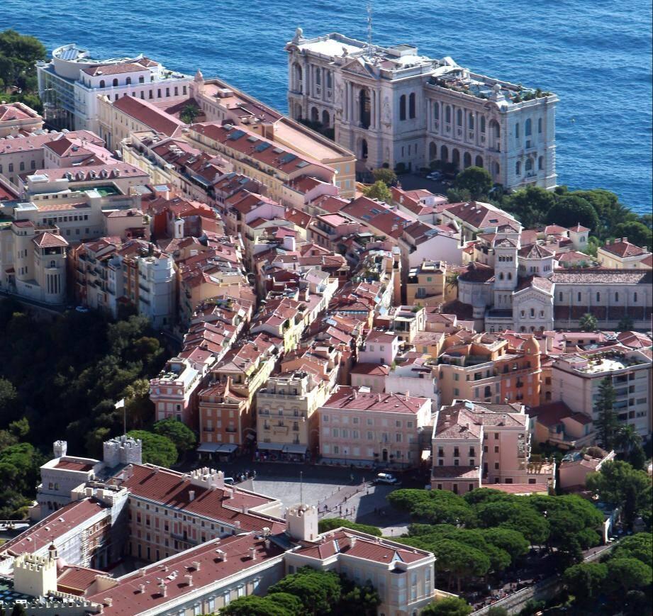 Monaco est le cadre du défilé Celine diffusé ce lundi.