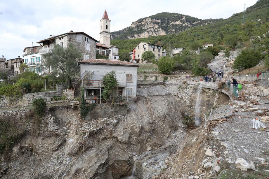 Le hameau de Roussillon, à La Tours-sur-Tinée, quatre jours après le passage de la tempête Alex.