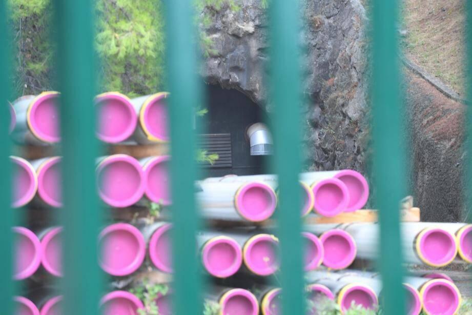 """Les installations de type """"caverne"""" vont être équipés d'une double enveloppe pour une mise au norme de l'étanchéité."""