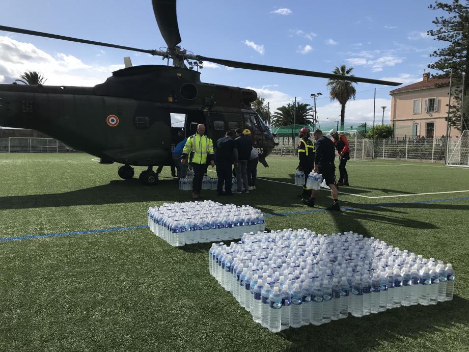 Un hélicoptère Puma de l'aviation légère de l'armée de Terre (base école 2e RHC du Cannet-des-Maures) a notamment été mobilisé pour acheminer 1.500 litres d'eau vers Saorge.