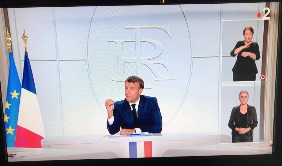 Emmanuel Macron au Palais de l'Elysée lors de son intervention.