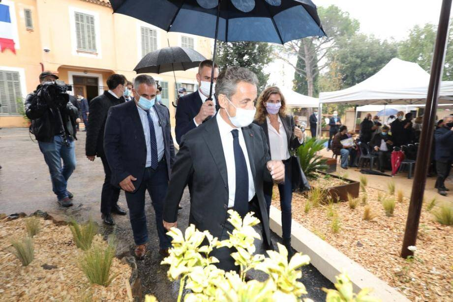 Nicolas Sarkozy a rendu hommage à Charles Pasqua.