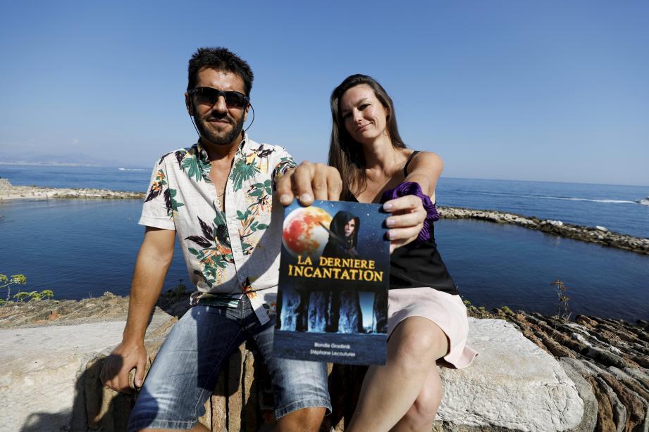 Stéphane Lecouturier, créateur du projet, et Coralie Laurens, directrice de production.